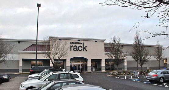 Nordstrom_Rack_store,_Tanasbourne_-_Hillsboro,_Oregon